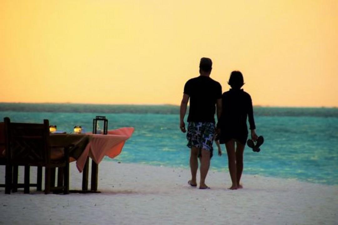 El 30% de los jovenes, menores de 25 años y varones, mantiene contacto con su empresa en vacaciones